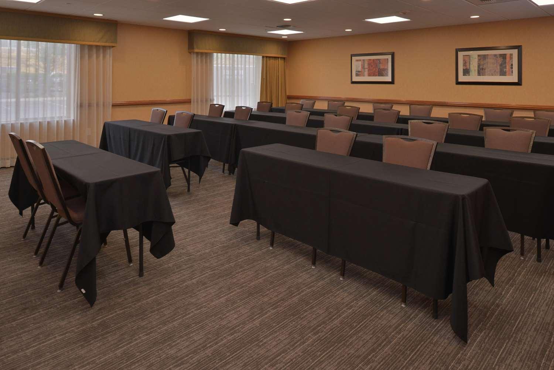 Meeting Facilities - Hampton Inn & Suites Airport Bakersfield
