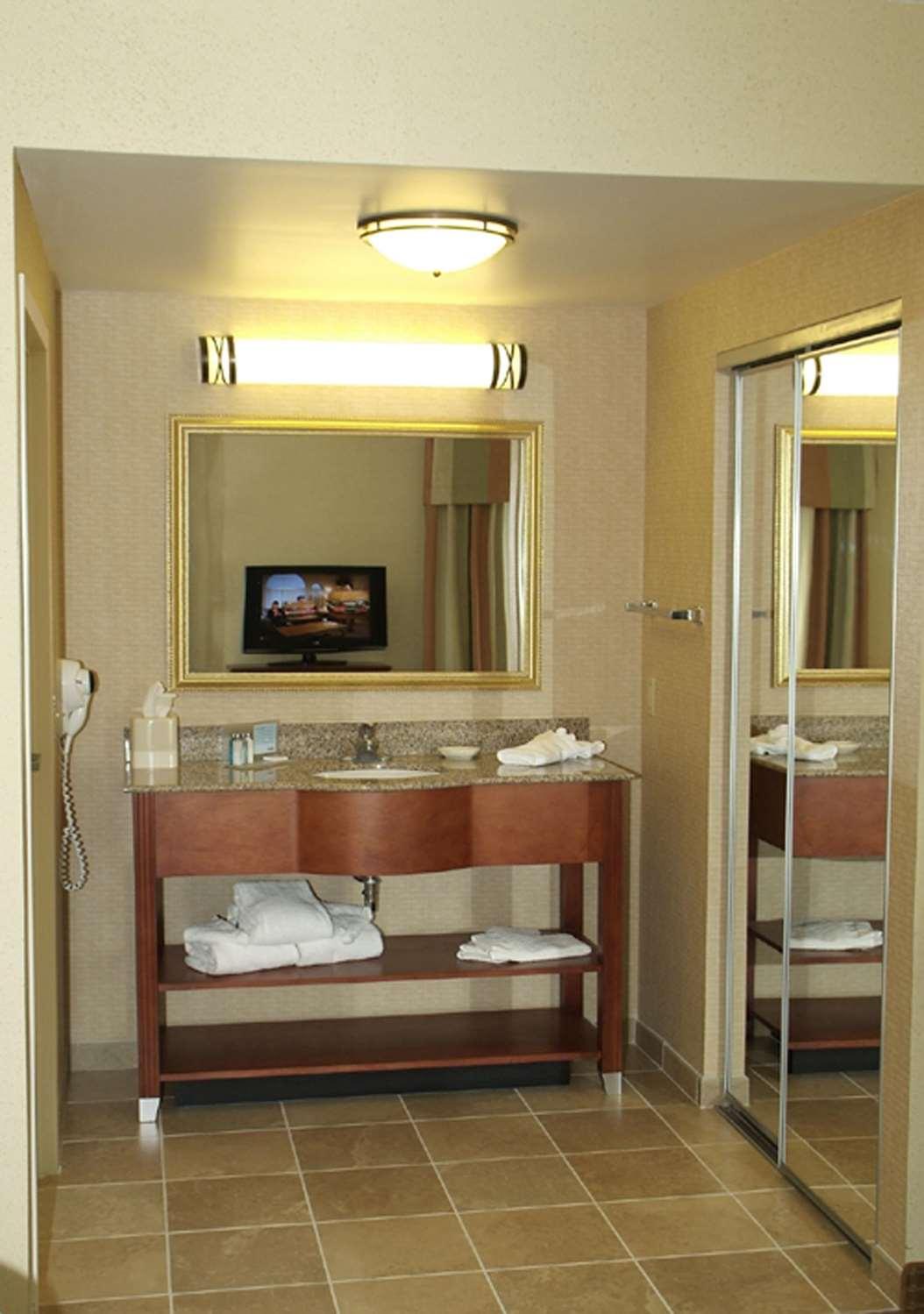 Room - Hampton Inn Blairsville