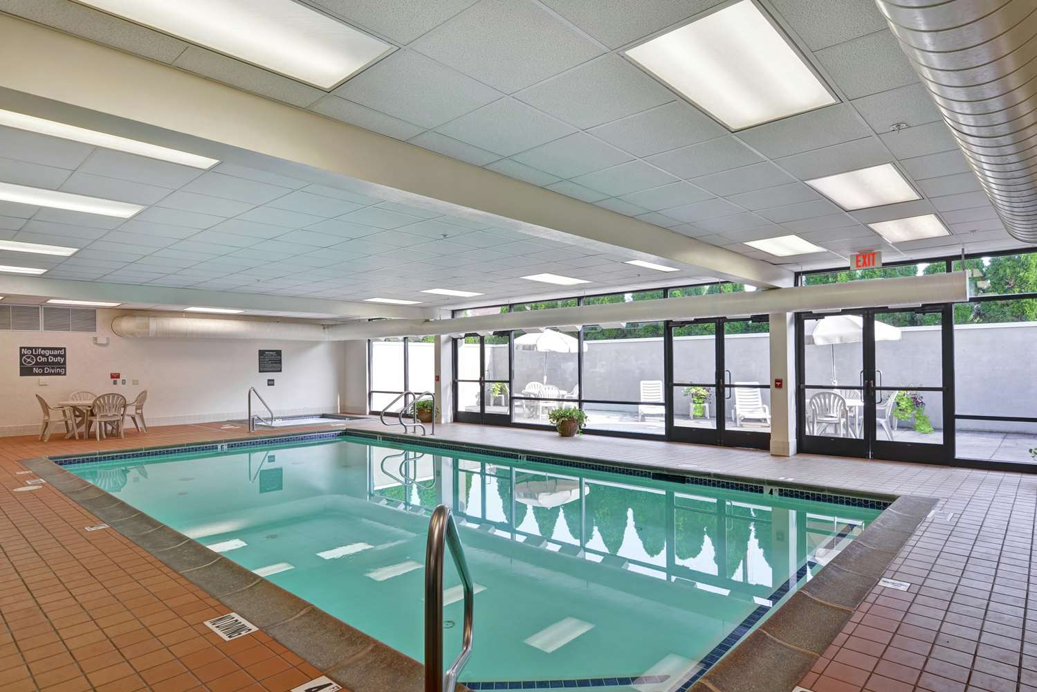 Pool - Hampton Inn Bloomsburg