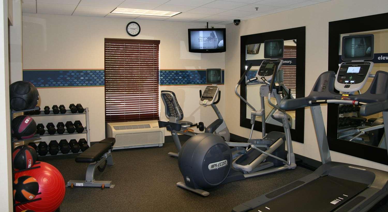 Fitness/ Exercise Room - Hampton Inn & Suites Normal