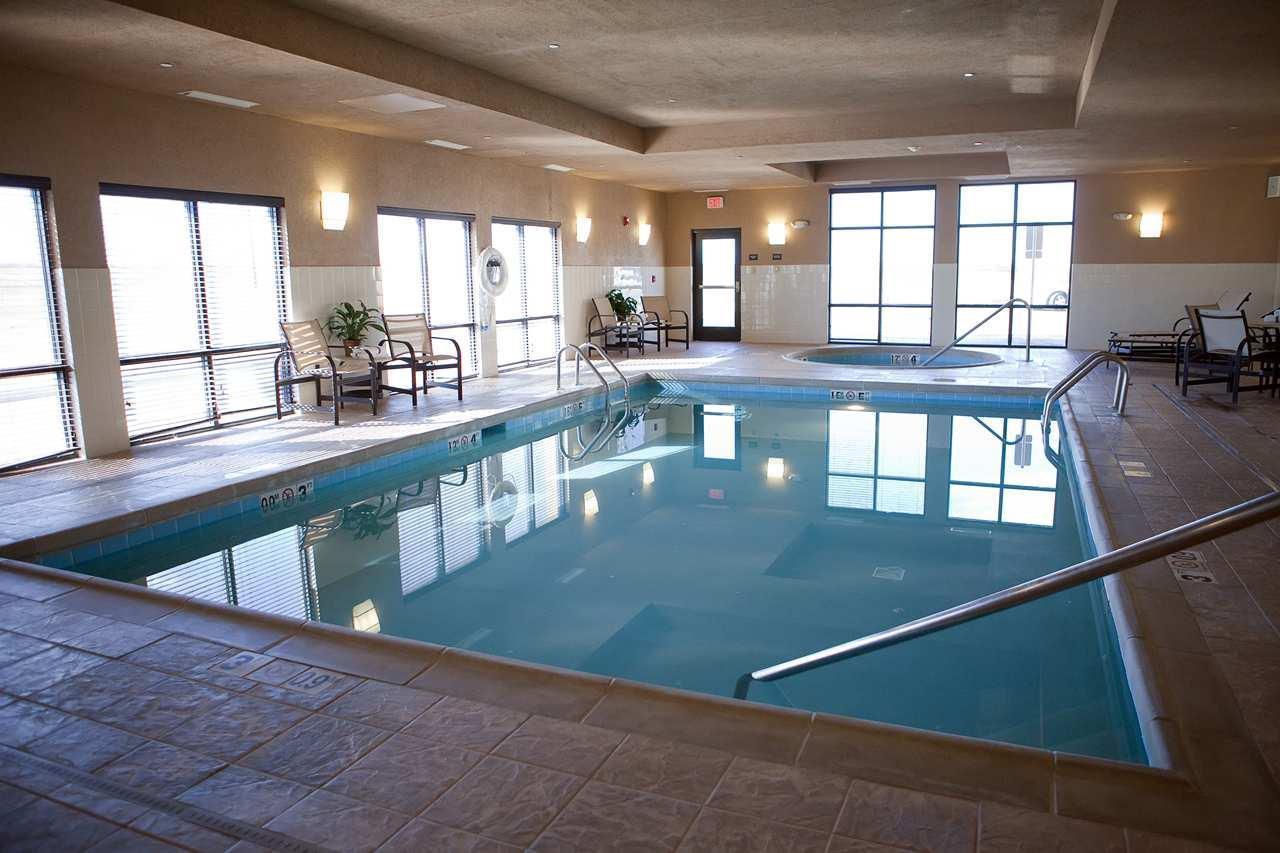 Pool - Hampton Inn Colby