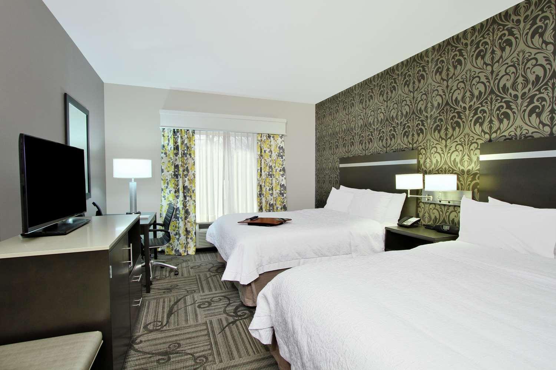 Room - Hampton Inn & Suites University Area Columbus