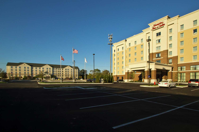 Exterior view - Hampton Inn & Suites University Area Columbus