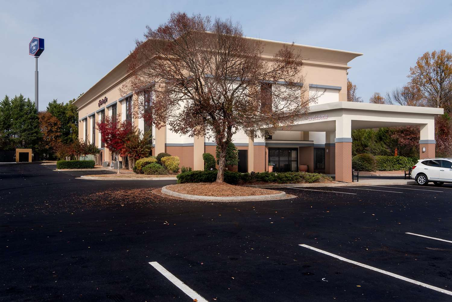 Exterior view - Hampton Inn Commerce
