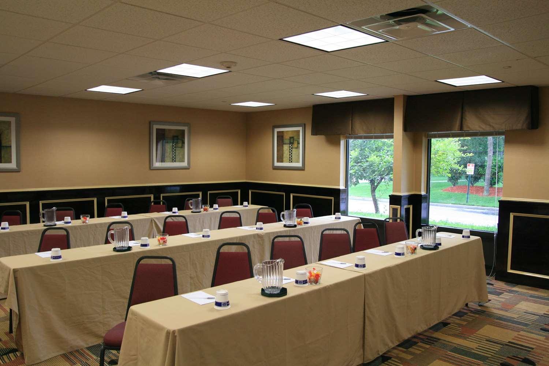 Meeting Facilities - Hampton Inn Commack