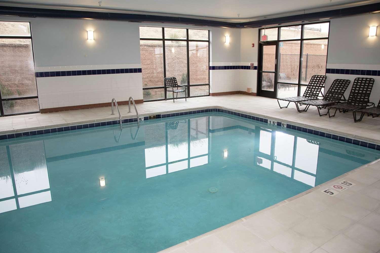 Pool - Hampton Inn Castle Rock