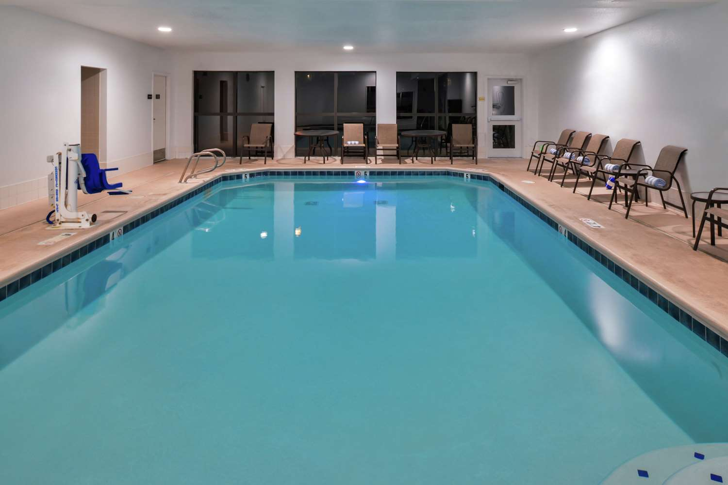 Pool - Hampton Inn Eugene