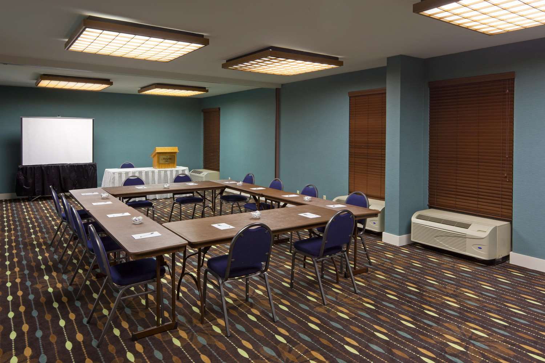 Meeting Facilities - Hampton Inn Fairhaven