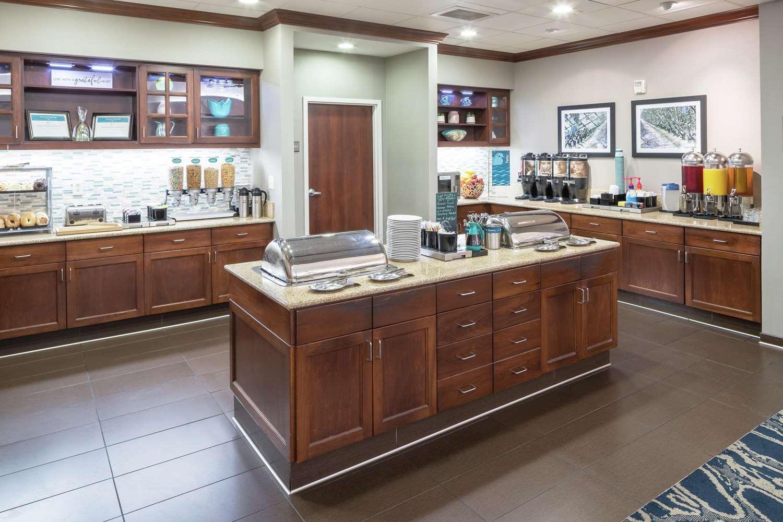Restaurant - Homewood Suites by Hilton Clovis