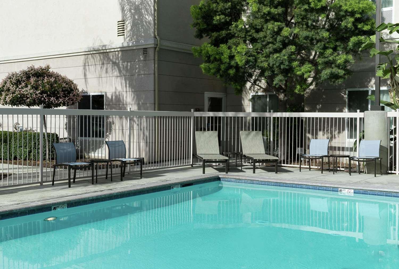 Pool - Homewood Suites by Hilton Clovis