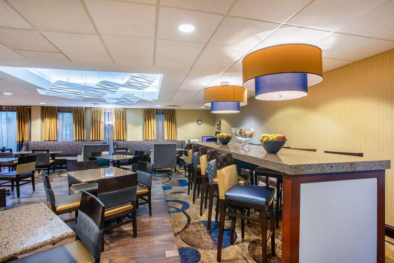 Lobby - Hampton Inn Fishkill