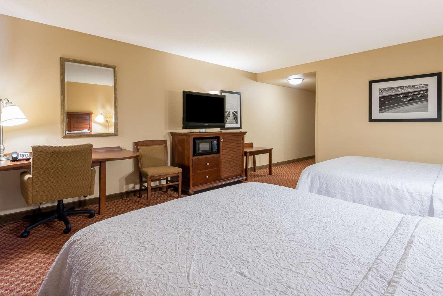 Room - Hampton Inn & Suites North I-95 Florence