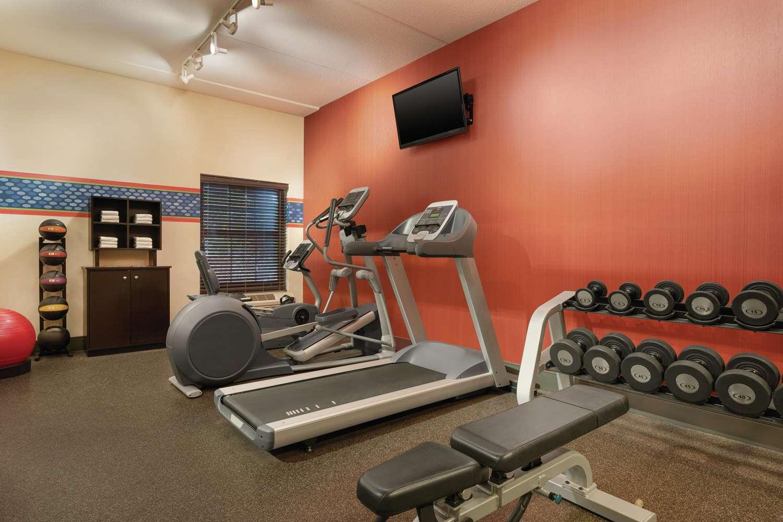 Fitness/ Exercise Room - Hampton Inn Franklin