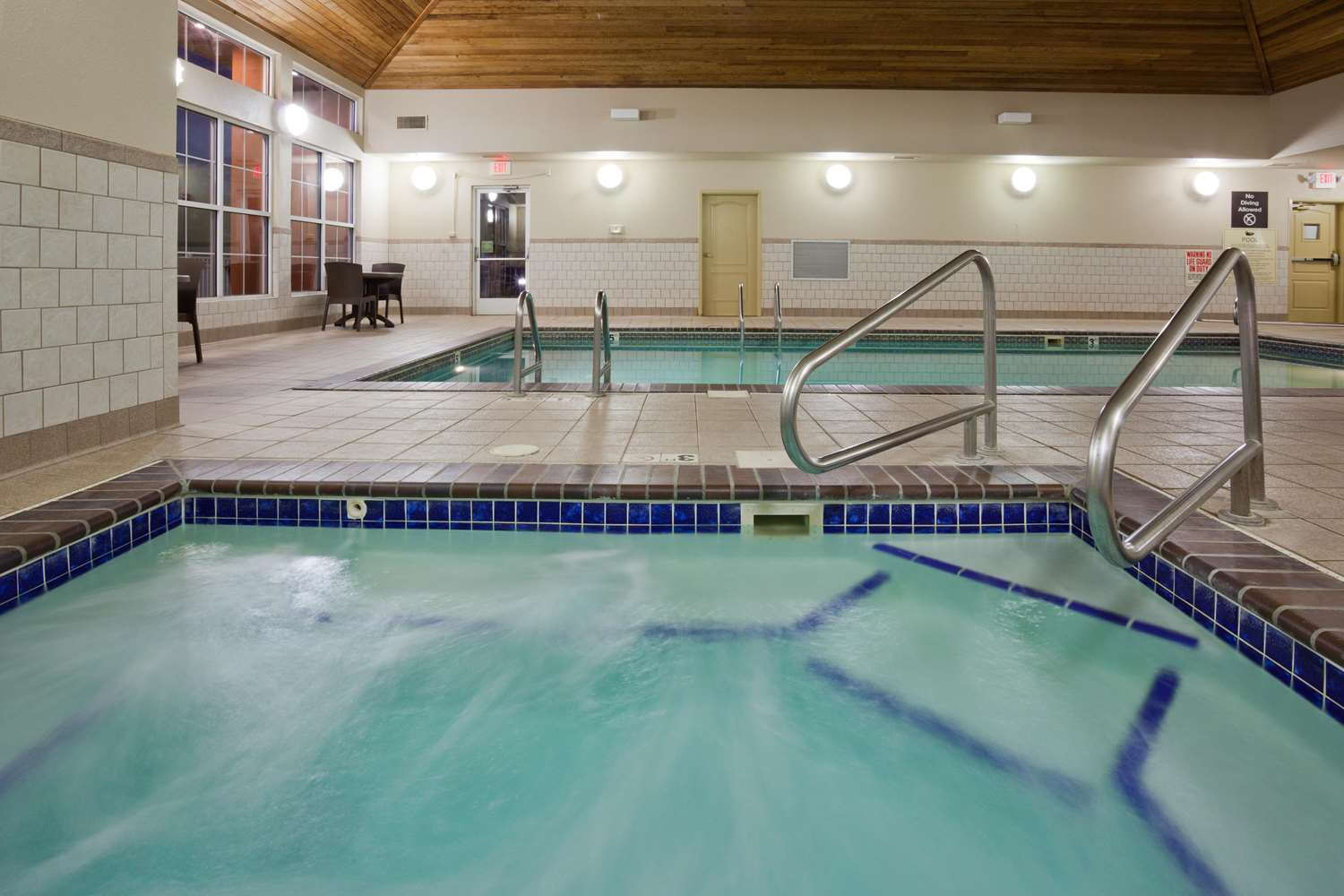 Pool - Homewood Suites by Hilton Sioux Falls