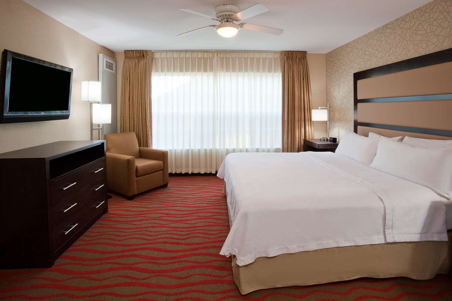 Room - Homewood Suites by Hilton Sioux Falls