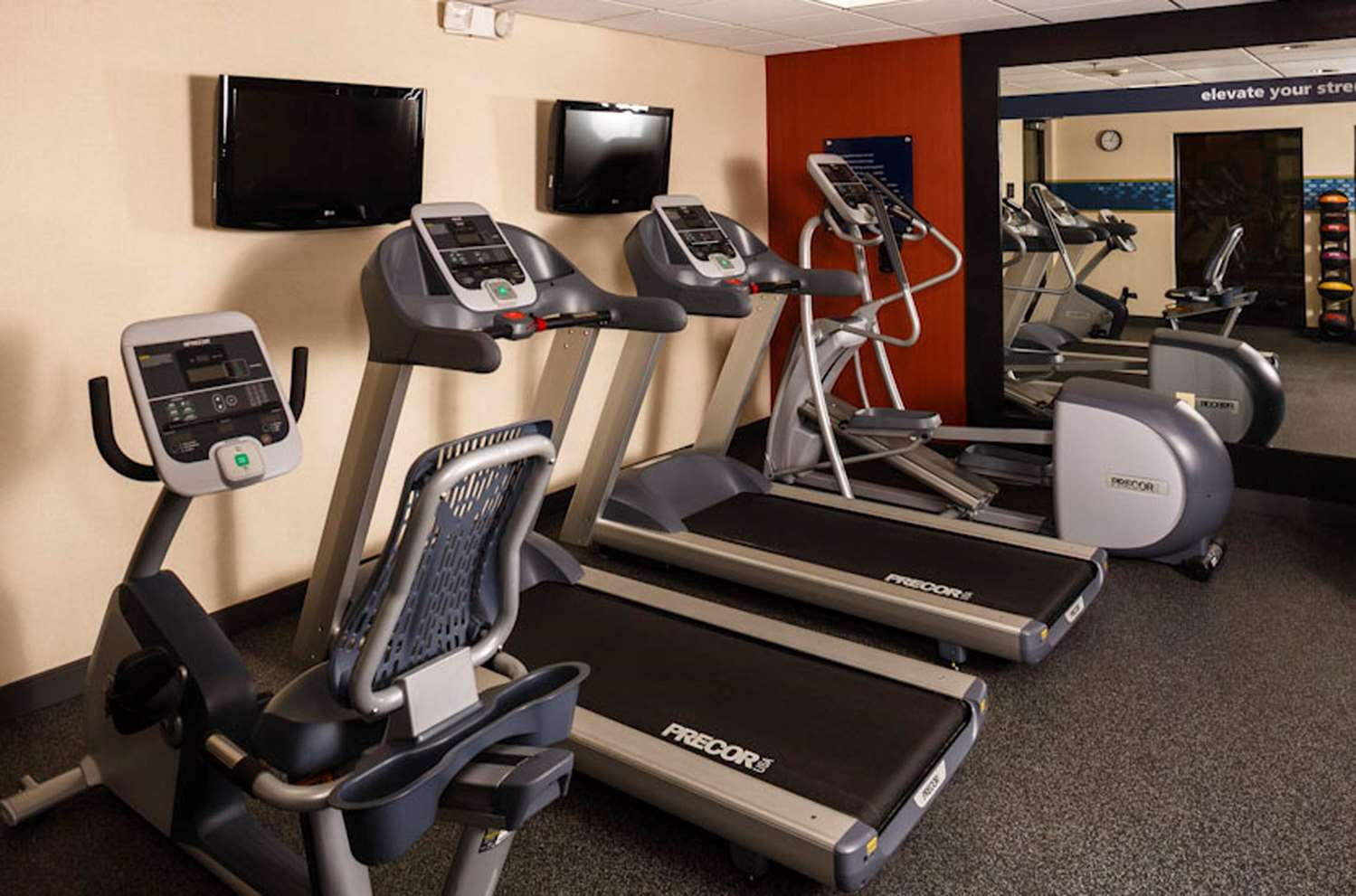 Fitness/ Exercise Room - Hampton Inn & Suites Medical Center Houston