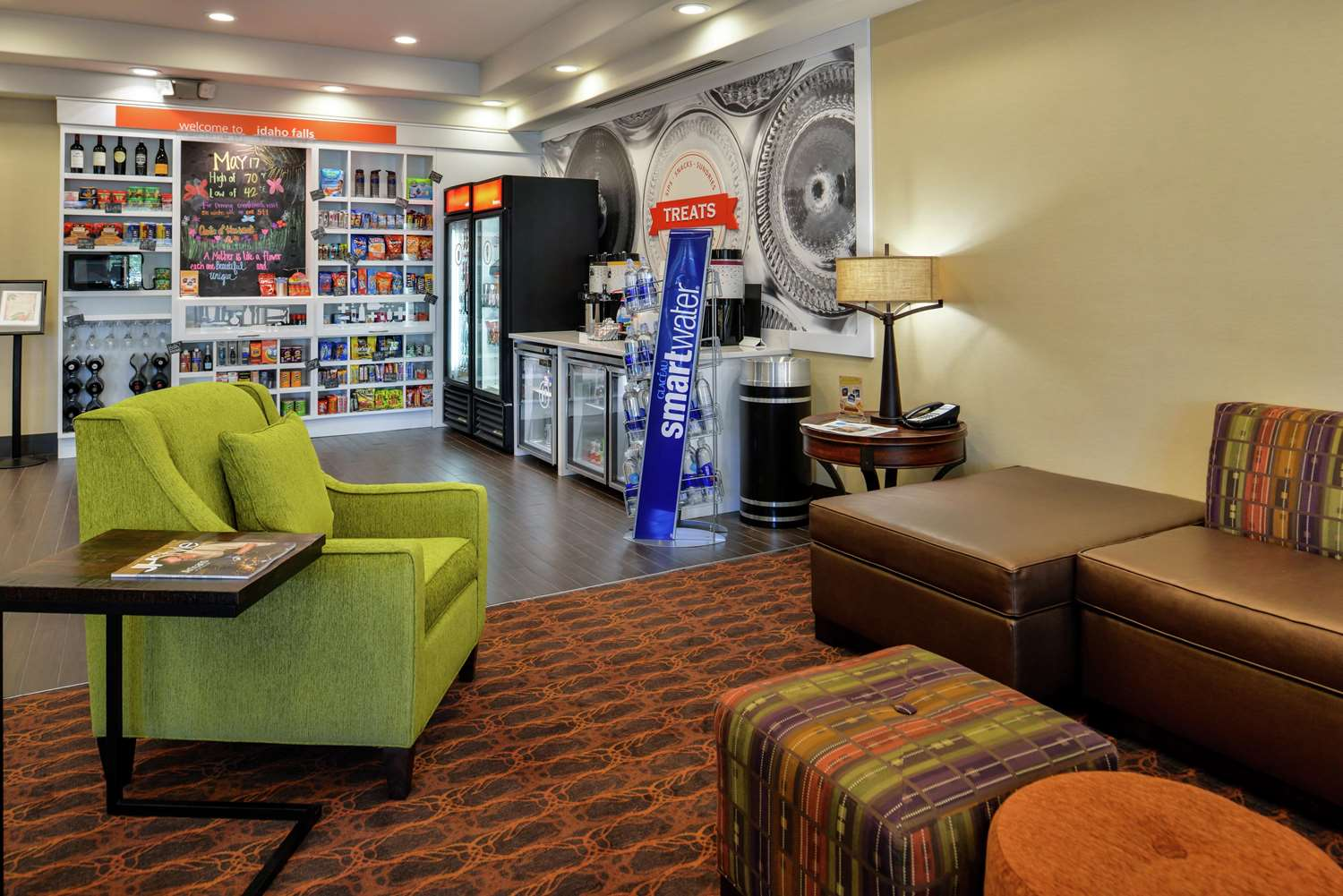 Lobby - Hampton Inn Airport Idaho Falls