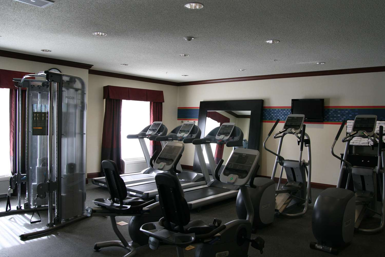 Fitness/ Exercise Room - Hampton Inn Indiana