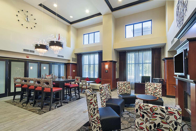 Lobby - Hampton Inn & Suites Brownsburg
