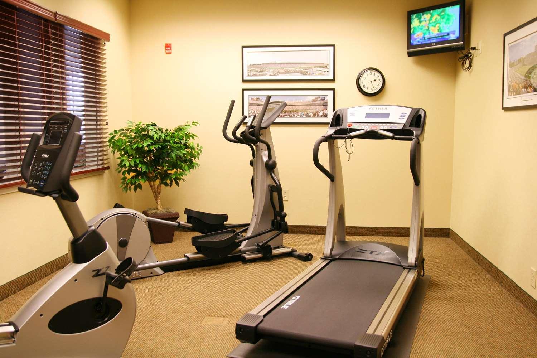 Fitness/ Exercise Room - Hampton Inn & Suites Dobson