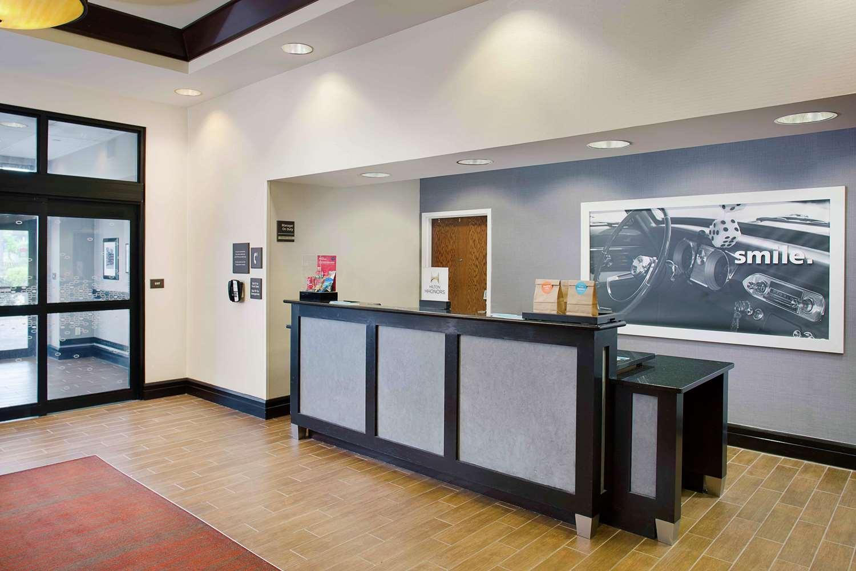 Lobby - Hampton Inn Garden City