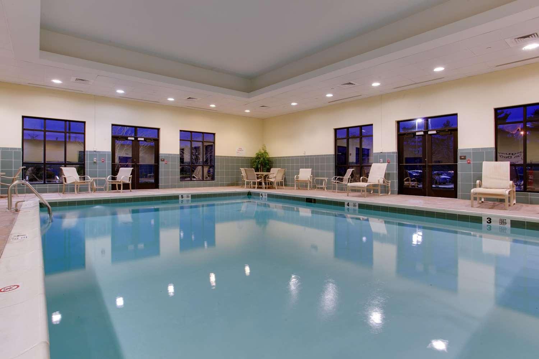 Pool - Hampton Inn Garden City