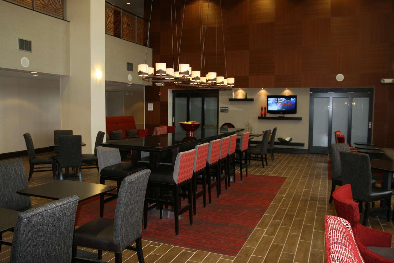 Restaurant - Hampton Inn Garden City