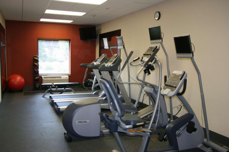 Fitness/ Exercise Room - Hampton Inn Garden City