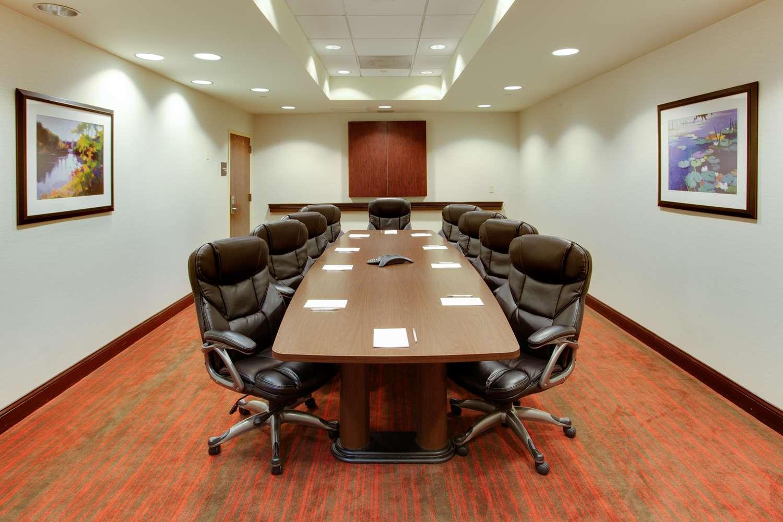 Meeting Facilities - Hampton Inn Garden City