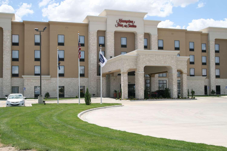 Hampton Inn - Suites Liberal KS