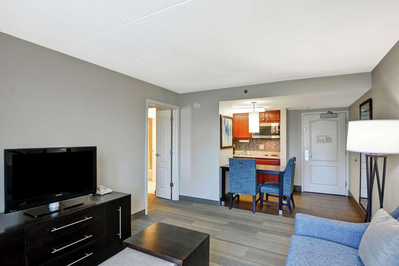 Room - Homewood Suites by Hilton Fayette Mall Lexington