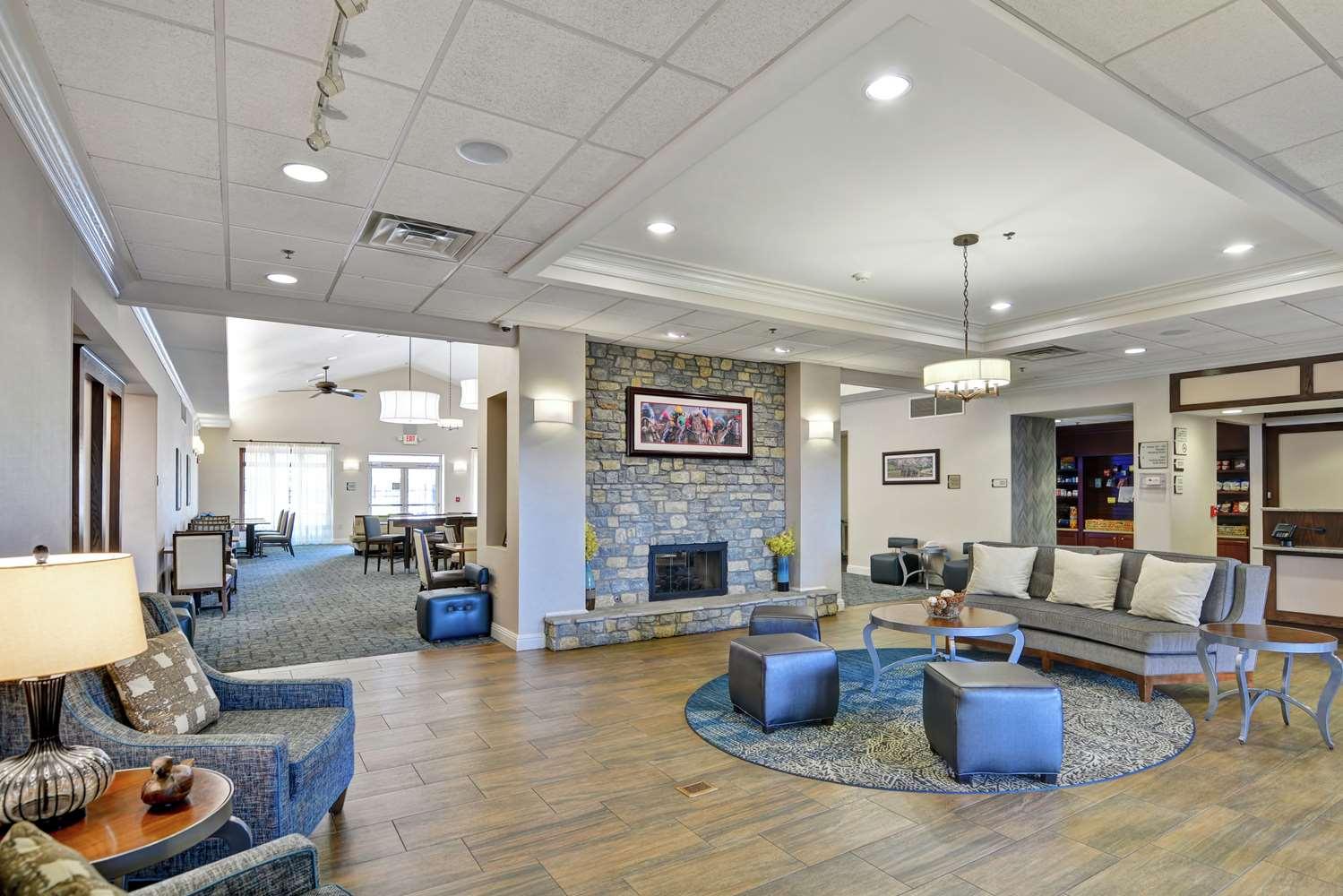 Lobby - Homewood Suites by Hilton Fayette Mall Lexington