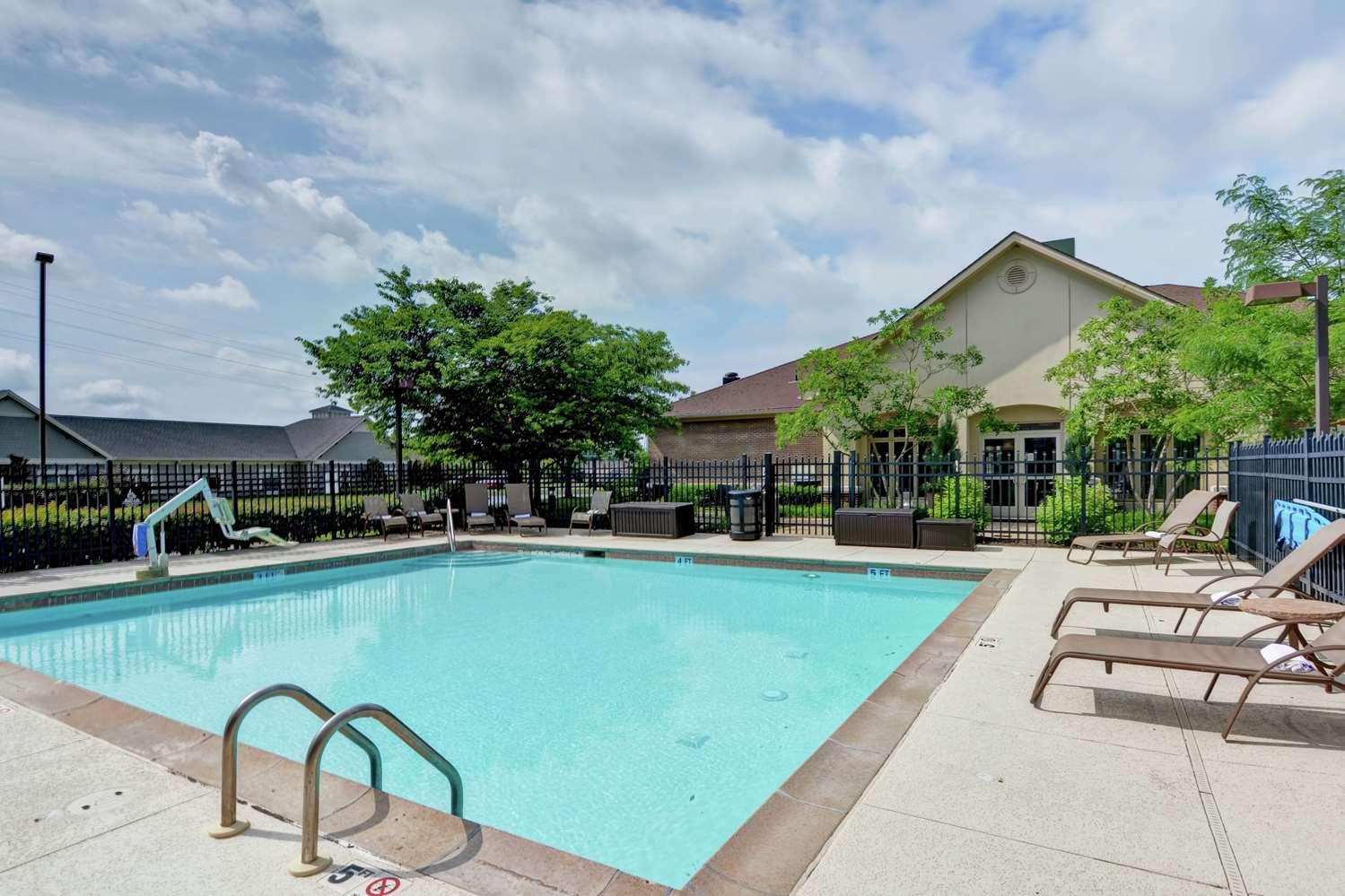 Pool - Homewood Suites by Hilton Fayette Mall Lexington