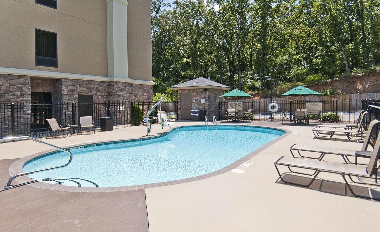 Pool - Hampton Inn Maumelle