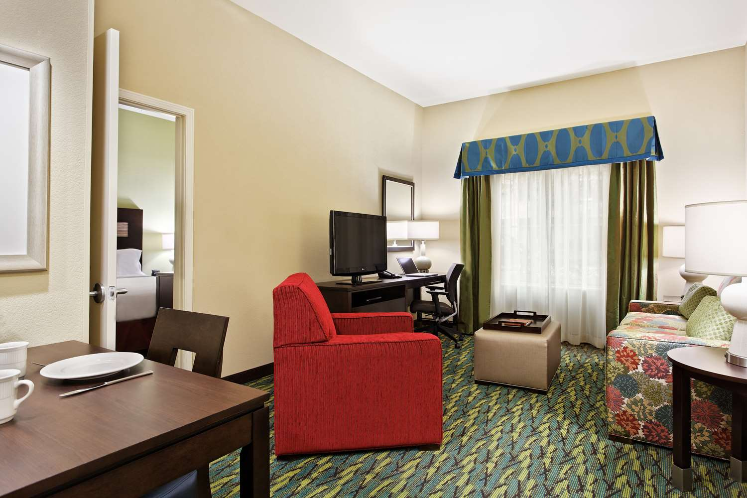 Room - Homewood Suites by Hilton Airport Orlando