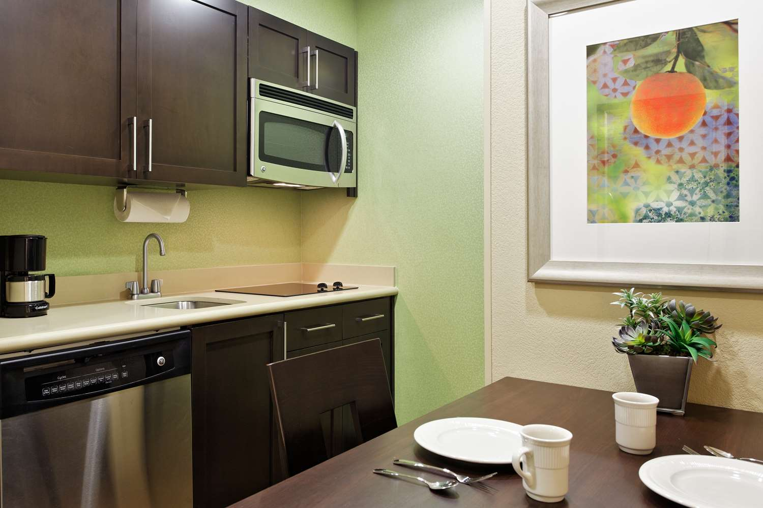 Amenities - Homewood Suites by Hilton Airport Orlando
