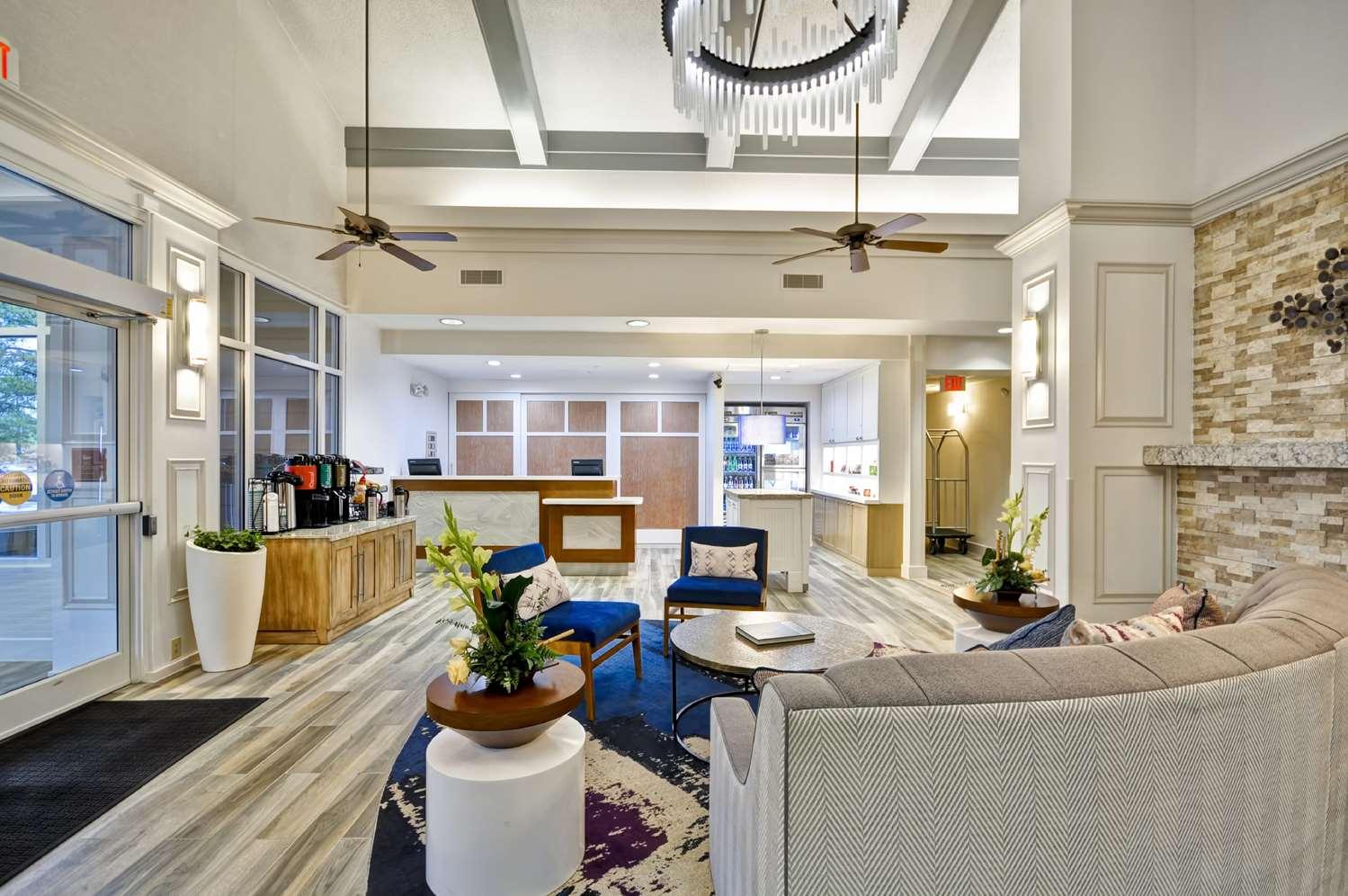 Lobby - Homewood Suites by Hilton Germantown