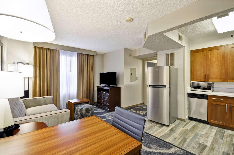 Room - Homewood Suites by Hilton Germantown