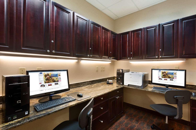 Conference Area - Hampton Inn & Suites Mission