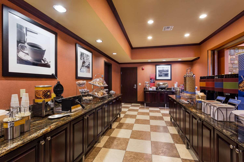 Restaurant - Hampton Inn & Suites Mission