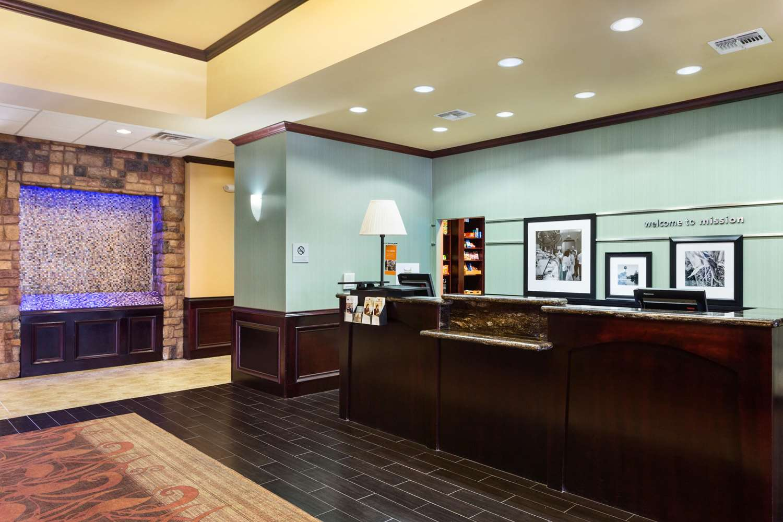 Lobby - Hampton Inn & Suites Mission