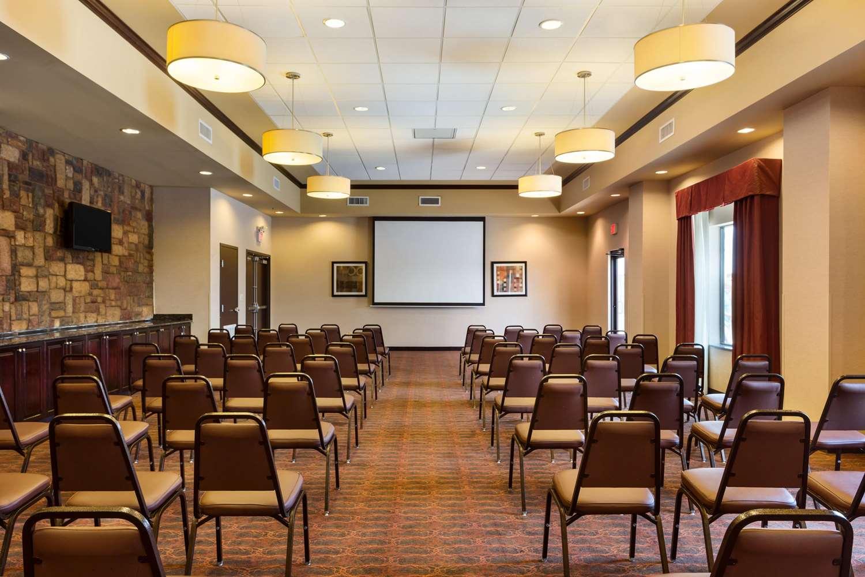 Meeting Facilities - Hampton Inn & Suites Mission