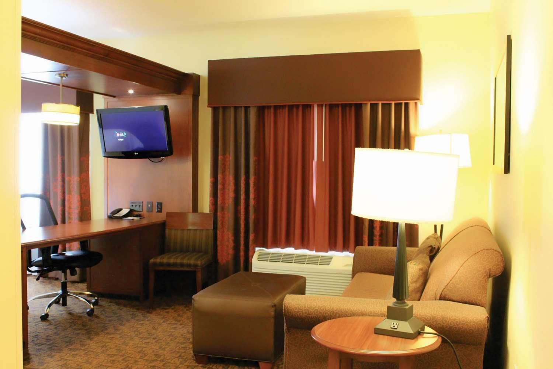 Amenities - Hampton Inn & Suites McAllen