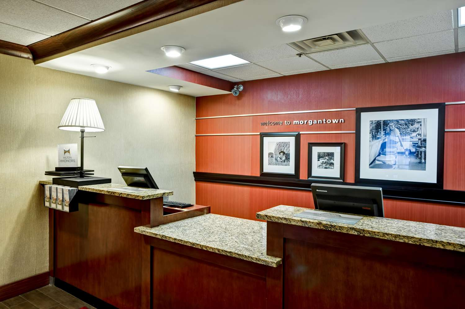 Lobby - Hampton Inn Morgantown