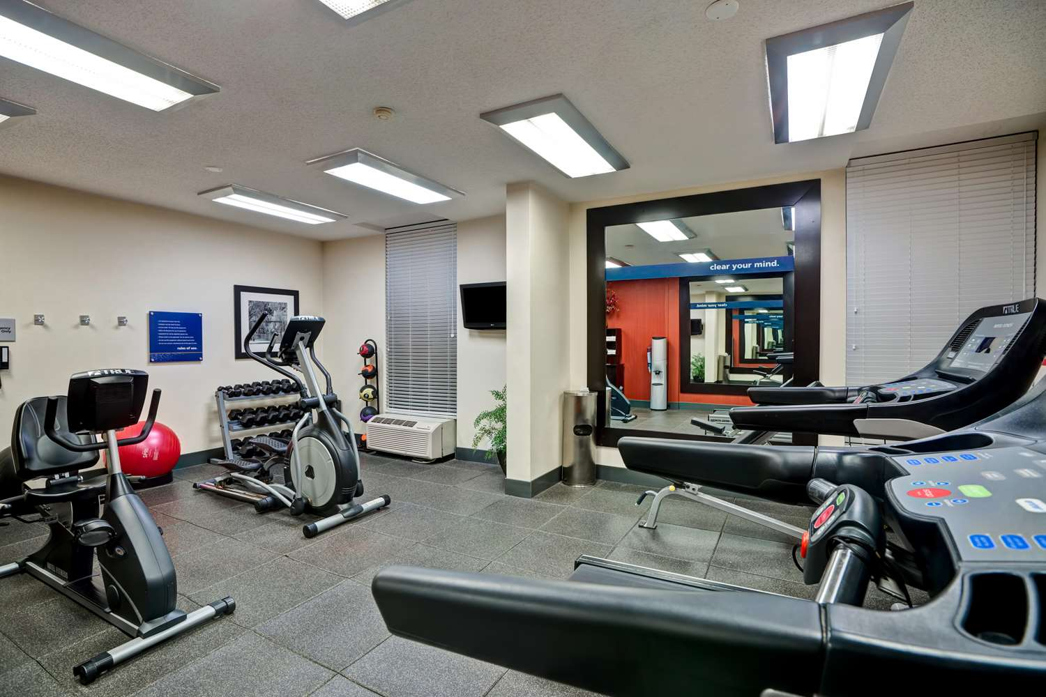 Fitness/ Exercise Room - Hampton Inn Morgantown