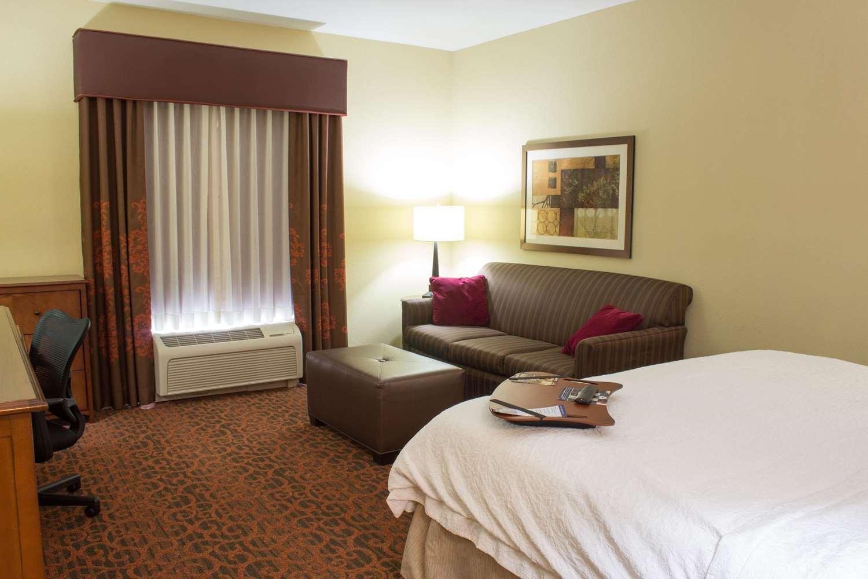 Room - Hampton Inn Junction City