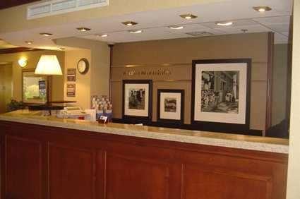 Lobby - Hampton Inn Manheim