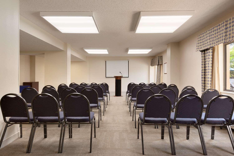 Meeting Facilities - Hampton Inn Airport Doral