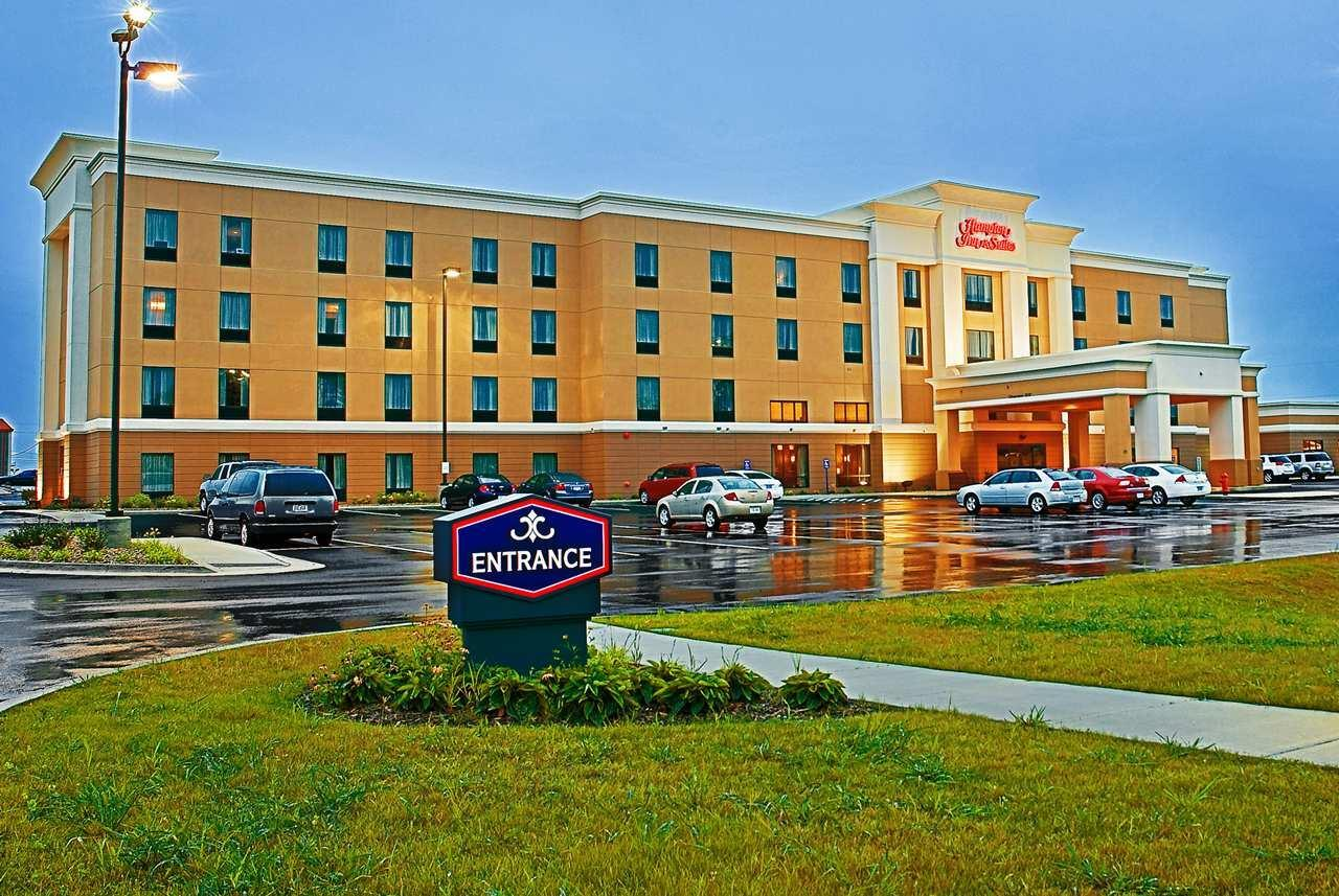 Exterior view - Hampton Inn & Suites Marshalltown