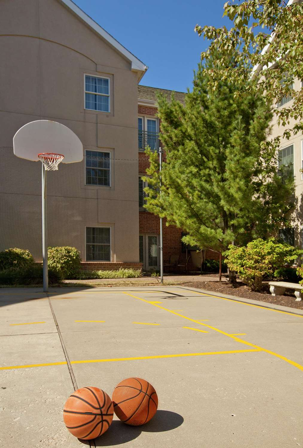 Recreation - Homewood Suites by Hilton Airport Kansas City